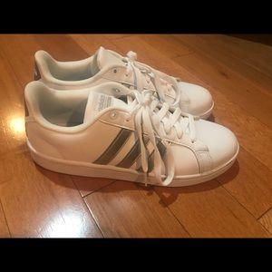 Adidas cloudform advantage shoes, worn twice